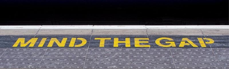Mind the gap-1758208__340